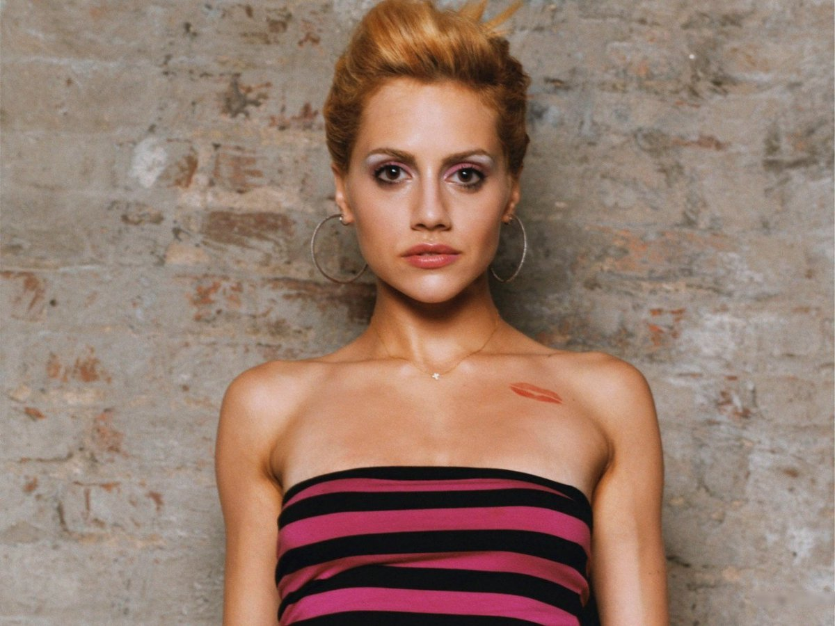 Brittany murphy topless