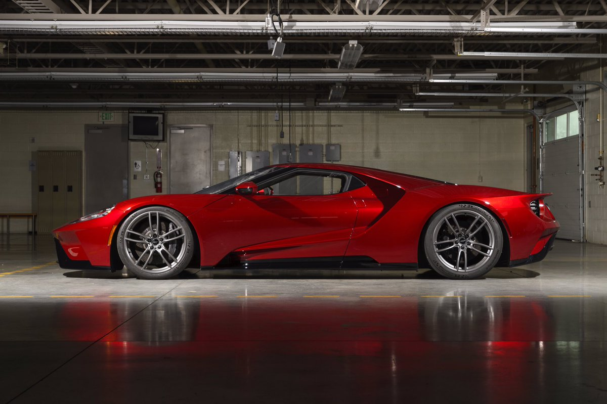 Ford Gt Color Www Karlbrauer Com Ford Gt Ford Gt In Liquid Red A Study In Dramatic Color Htmlmore