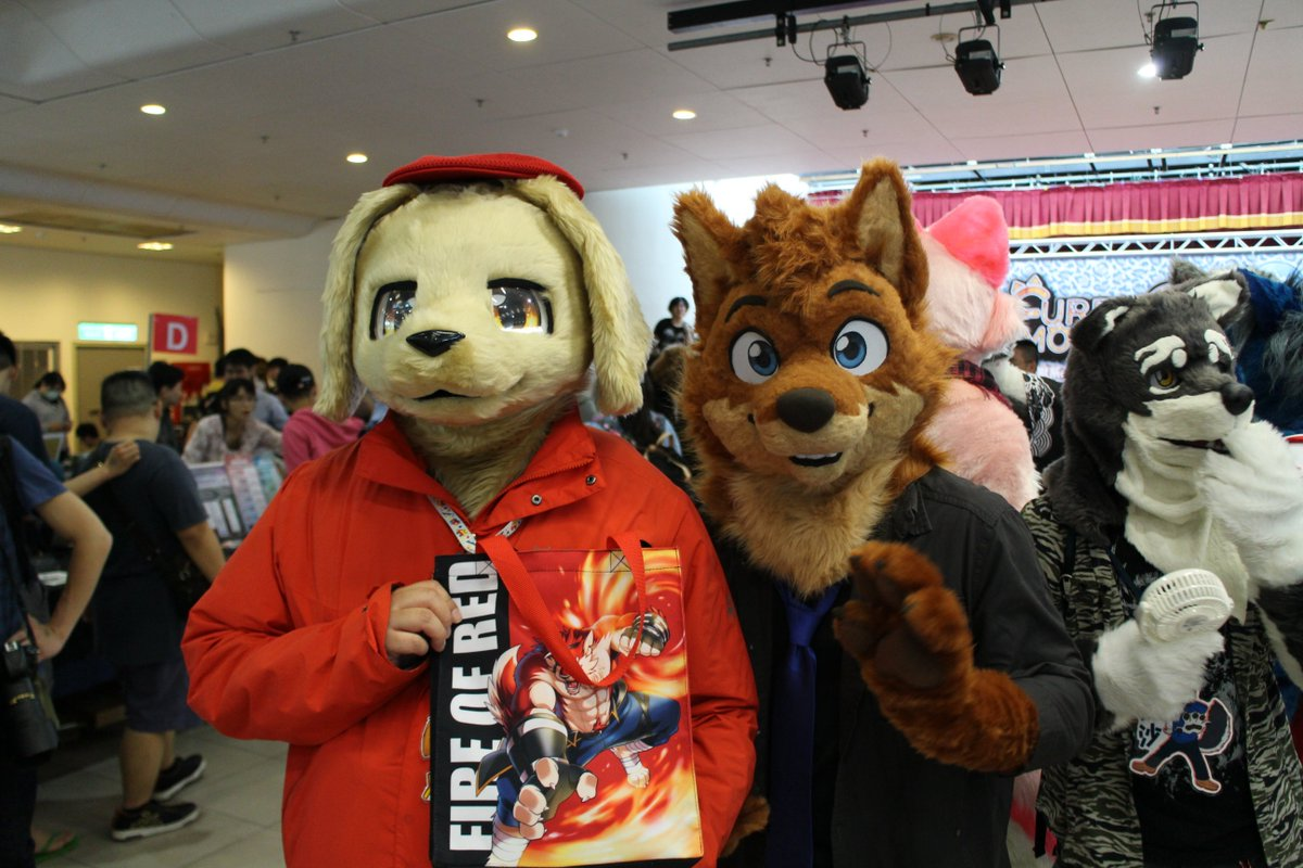 #Furrymosa2 #FursuitFriday @takemoto_fur with me