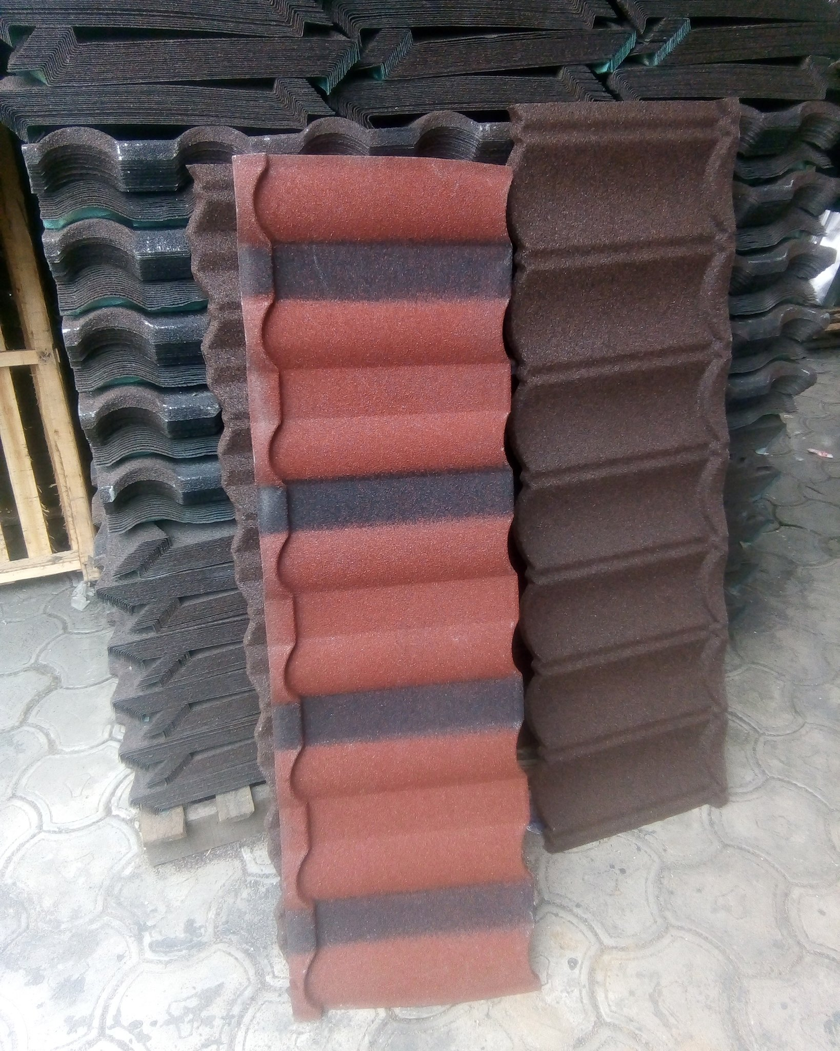 Rooftech Nigeria On Twitter Stone Coated Roof Tiles Is The New Black Top Quality Black Roof Tiles Metalroofing Rooftechnigeria Gafroofing Gaf Roof Roofs Roofer Roofers Roofing Shingles Shingleroofing Nyroofing Like4like Likeforlike