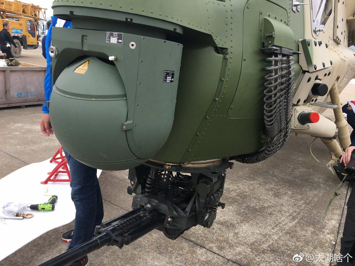 المروحية الهجومية الصينية WZ-10 Dq_HgU7WkAArg0U