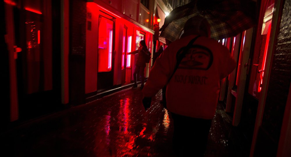 #Amsterdam plans to relocate the Red Light District due to a tourist boom https://t.co/0wDFKHTpw0