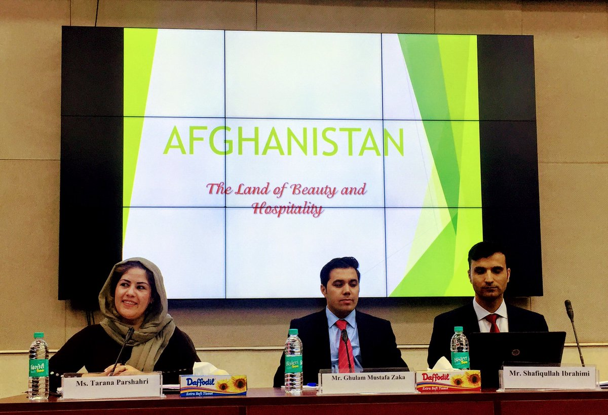 Participants of the 1st India-China Joint Training Programme for Afghan Diplomats make the country presentation. @IndianDiplomacy @FSI_MEA @IndianEmbKabul @indiandiplomats