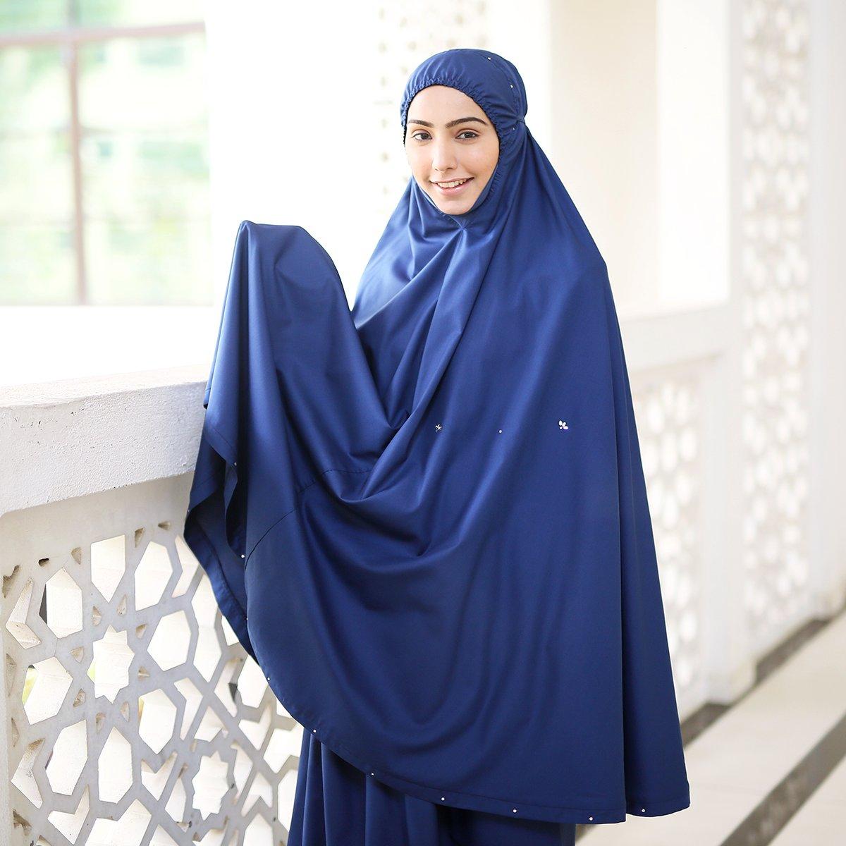 Crystal Swarovski Limited Edition Padanan Warna Biru Dihiasi Butiran Menampilkan Elemen Ringkas Namun