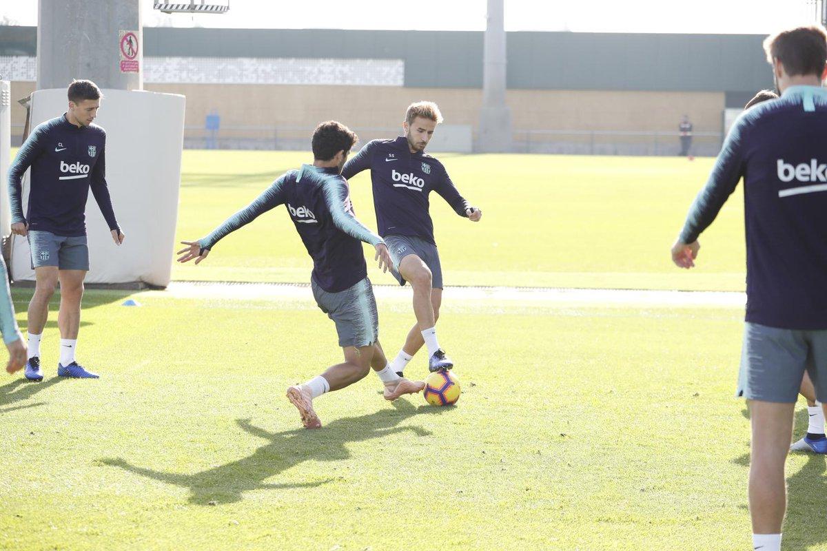 إستعدادات برشلونة لمباراة الكلاسيكو 26-10-2018 DqbPUFpWwAA5Xsl