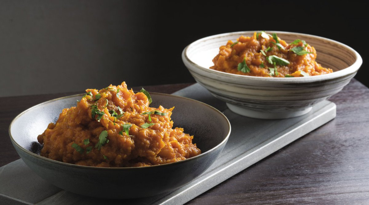 This Butternut Squash Bharta from @TheVikasKhanna is perfect for all fall tables.  https://t.co/lfKwZFqZ2r https://t.co/SQoeUKANZC