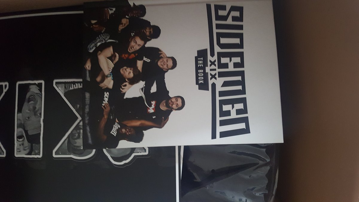 Alfie Sims On Twitter I Won The Sidemen Mystery Box On Ebay And It Just Arrived Thank You Sidemenclothing Ksiolajidebt Tobjizzle Miniminter Zerkaahd Vikkstar123 Wroetoshaw Behzinga Https T Co Dmqhgnenod