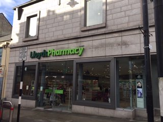 test Twitter Media - Official handover day at @LloydsPharmIre Sligo store last week! Well done to all involved! #handover https://t.co/zUklx2FbLM