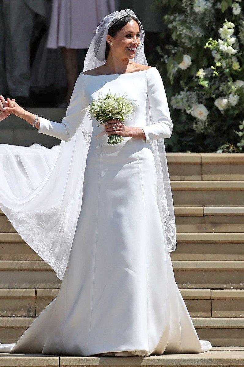 ecd0d6e91e4 meghan markle explains how she ultimately chose her givenchy wedding dress