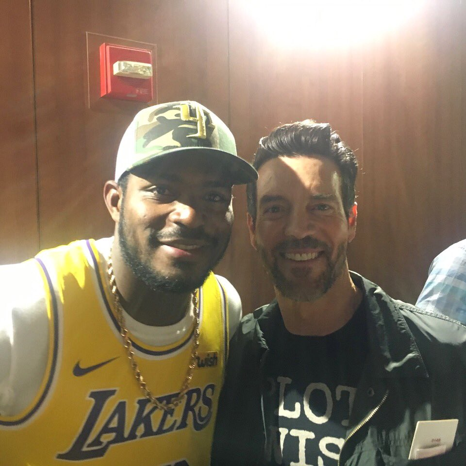 You never know who you'll run into at a Laker game. #Lakers #LakeShow