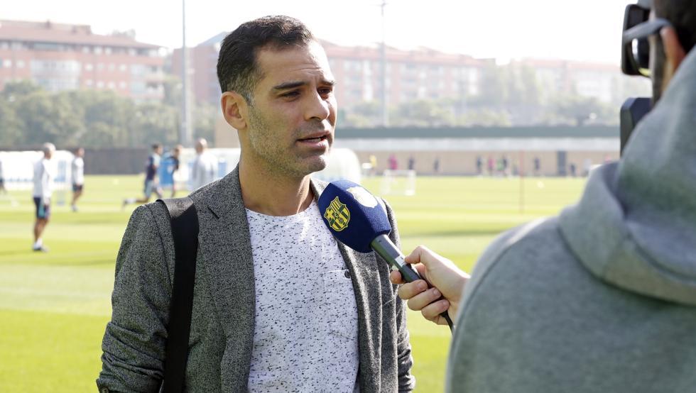Rafa Márquez visitó el entrenamiento del FC Barcelona