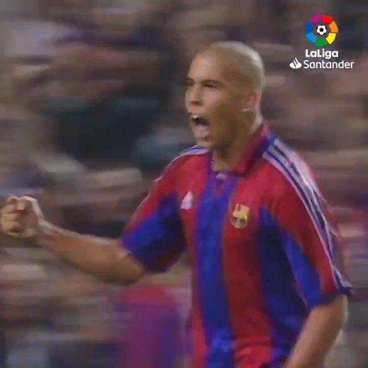Ronaldo in his prime at Barcelona. A defenders' nightmare. 😱