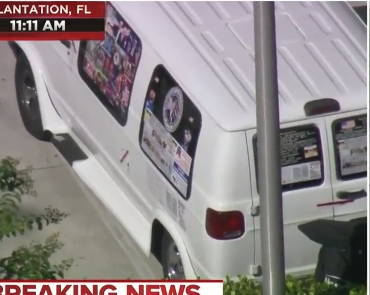 A mechanic that works at autozone in plantation florida his van has trump republican stickers covering every window patsypic twitter com 68aarmb8ab