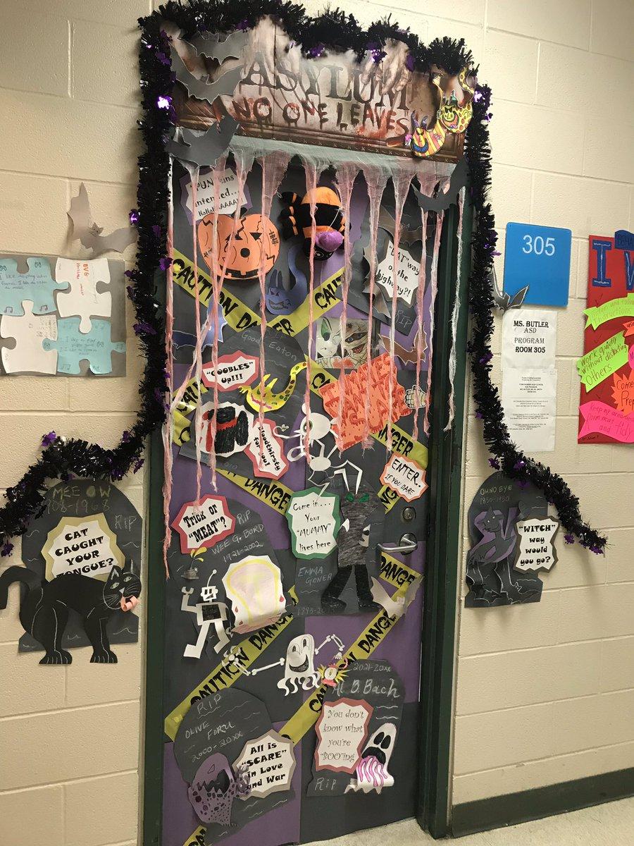 View Halloween Door Decorating Contest Pics Gambar Ngetrend Dan Viral