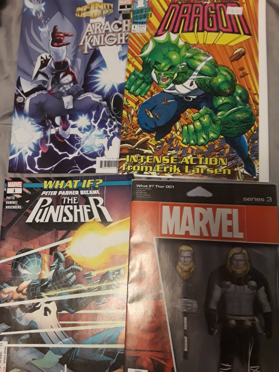 Small #newcomicbookday haul this week. Picked up #ArachKnight #1, #WhatIf #PeterParker was the #Punisher, #What if #Thor #Laufeyson, and I found a copy of #SavageDragon #1 is the back issues box at my #lcs. #ncbd #image #spiderman #moonknight #infinitywarp #marvel #teamcomics