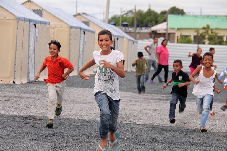 Espaço para mil pessoas | Acnur e Forças Armadas abrem maior abrigo para venezuelanos em RR https://t.co/RymspmueUb