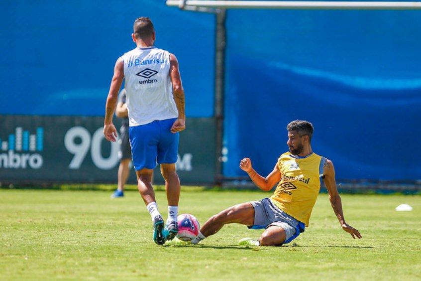 Léo Moura e Kannemann são as novidades do Grêmio para encarar o Sport  https   b83005647f3ea