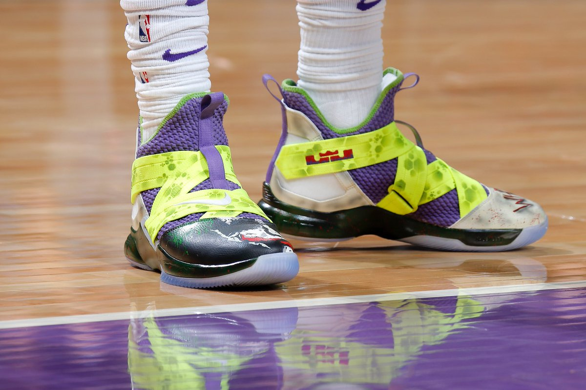 best sneakers f9095 a682a solewatch why so serious thewilliecs15 in a lebron soldier 12 custom by  truebluecustoms rocky widner