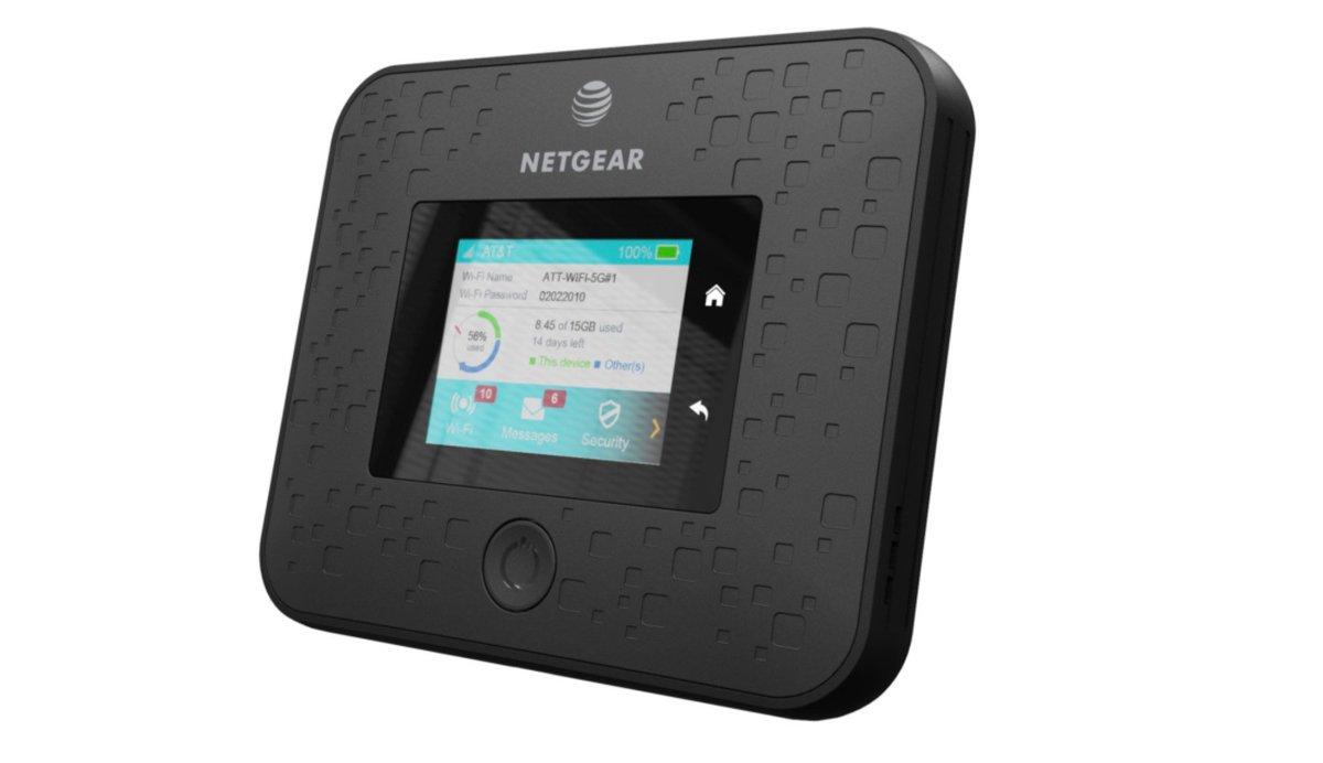 AT&T debuts first 5G puck: Netgear's Nighthawk 5G Mobile Hotspot http://dlvr.it/QpfTKb #Mobile #5G #AT_T