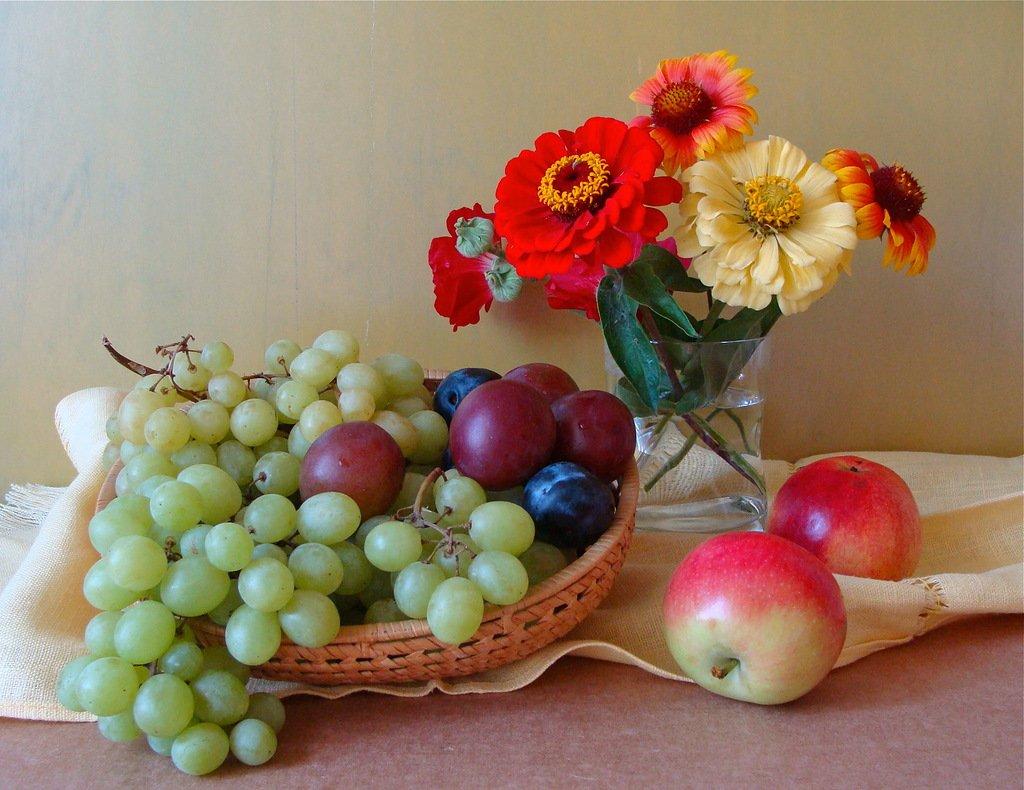 Картинка, найти открытку с добрым утром с цветами и фруктами