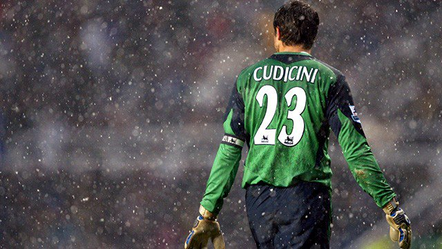 On this day: 2004 - Carlo Cudicini started as Chelsea captain for the first time (vs West Ham). #CFC #Chelsea @Capitancarloc