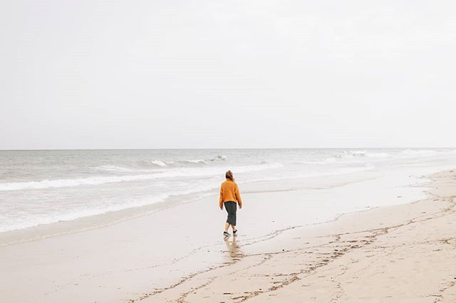 Prvi zapis o Fuerti že na blogu 🙊 Link v bio 💛  #fuerteventura #canaryislands #womenwhoexplore #placetovisit #escapesnaps #alpinebabes #nasvetzaizlet #femmetravel #wanderlusttribe #dametraveller #sidewalkerdaily #girlsabroad #roamingwomen #blondesand…