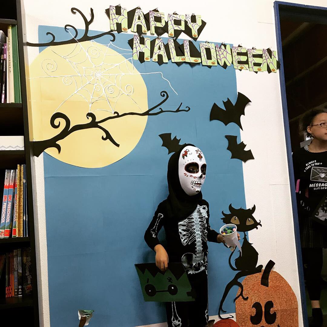 test ツイッターメディア - #?? #ハロウィンパーティ があったのですが、うちの子たちむちゃむちゃ楽しそうでした。今年はどんな仮装がいい?と聞いたら、スケルトンがいい!ということで、去年と同じ #ホネホネ の上下になりました。マスクは #ダイソー で選んでました。妙に気に入ってる2人です?? #ハッピーハロウィン https://t.co/7BtbcDoP4D