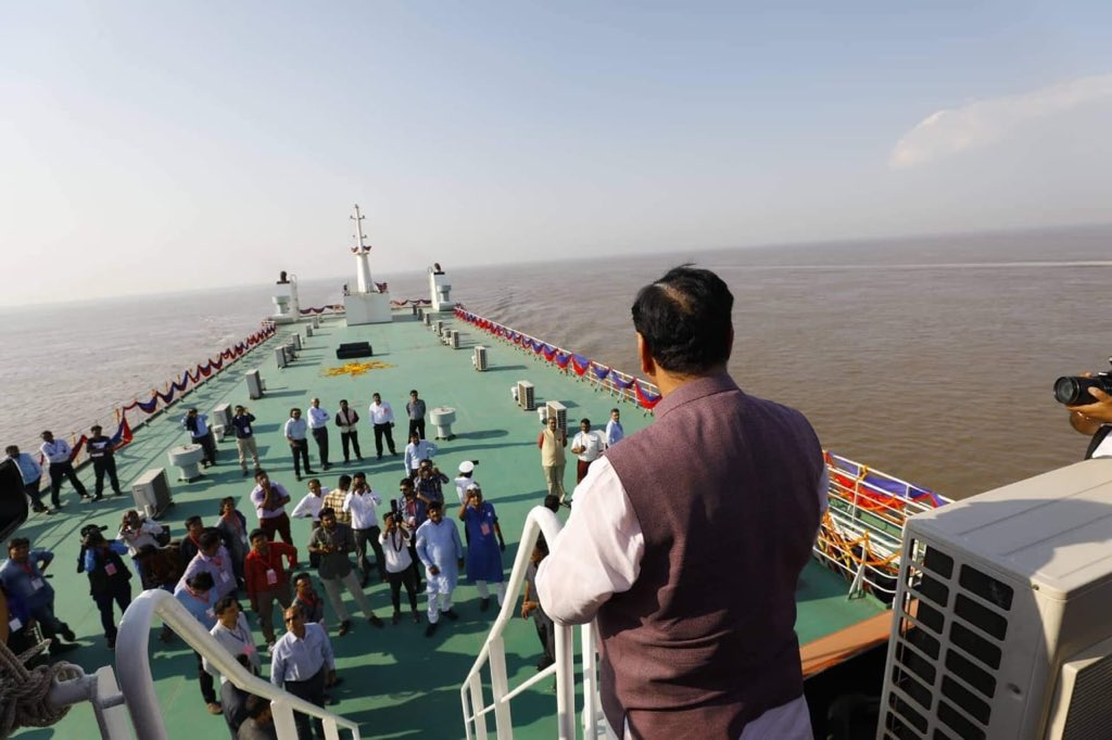 Ghogha-Hazira Ro-Ro ferry service to start by December: CM Rupani