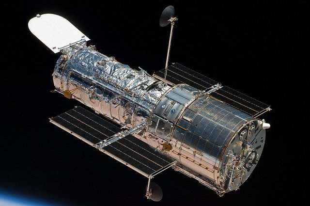 Hubble is back!!! At 9:00 PM EDT last night the spacecraft was returned to normal science operations, and at 2:10 AM EDT today it completed its first science observations since October 5. For more details:https://t.co/lT2Wpycqw2