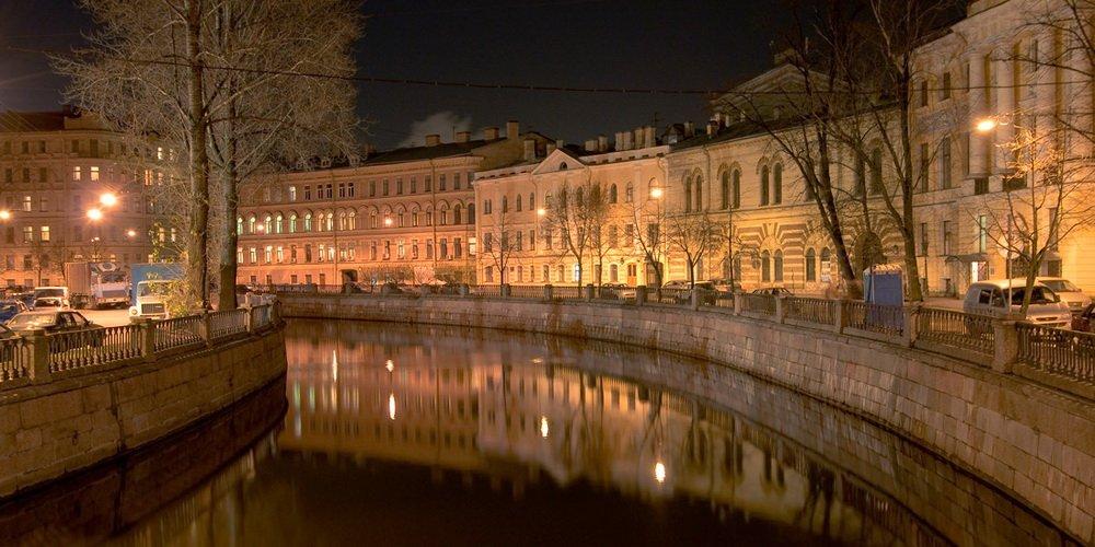 большим количеством фото питер ночь осень желающая