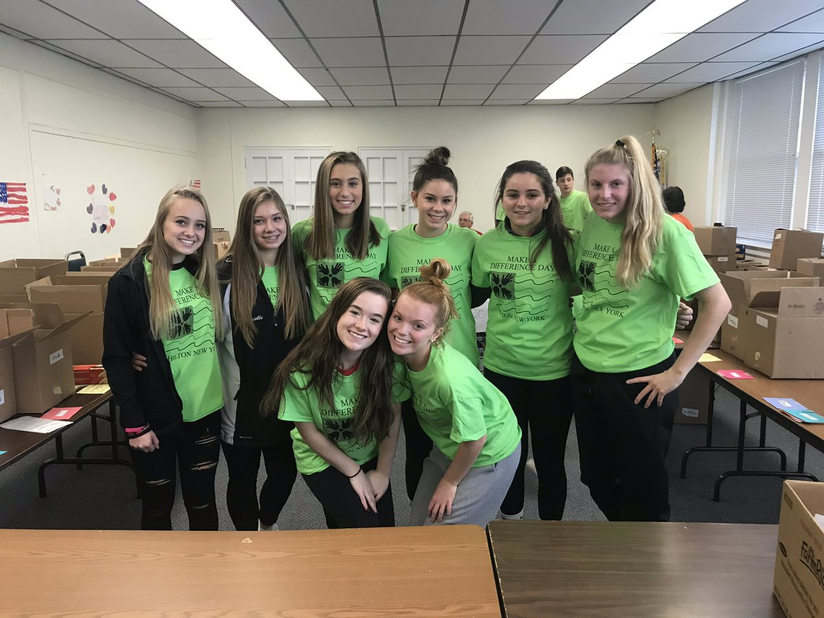 So proud to coach these girls! Selflessly volunteering for Make A Difference Day on their Saturday morning 🖤❤️ @HiltonCadets
