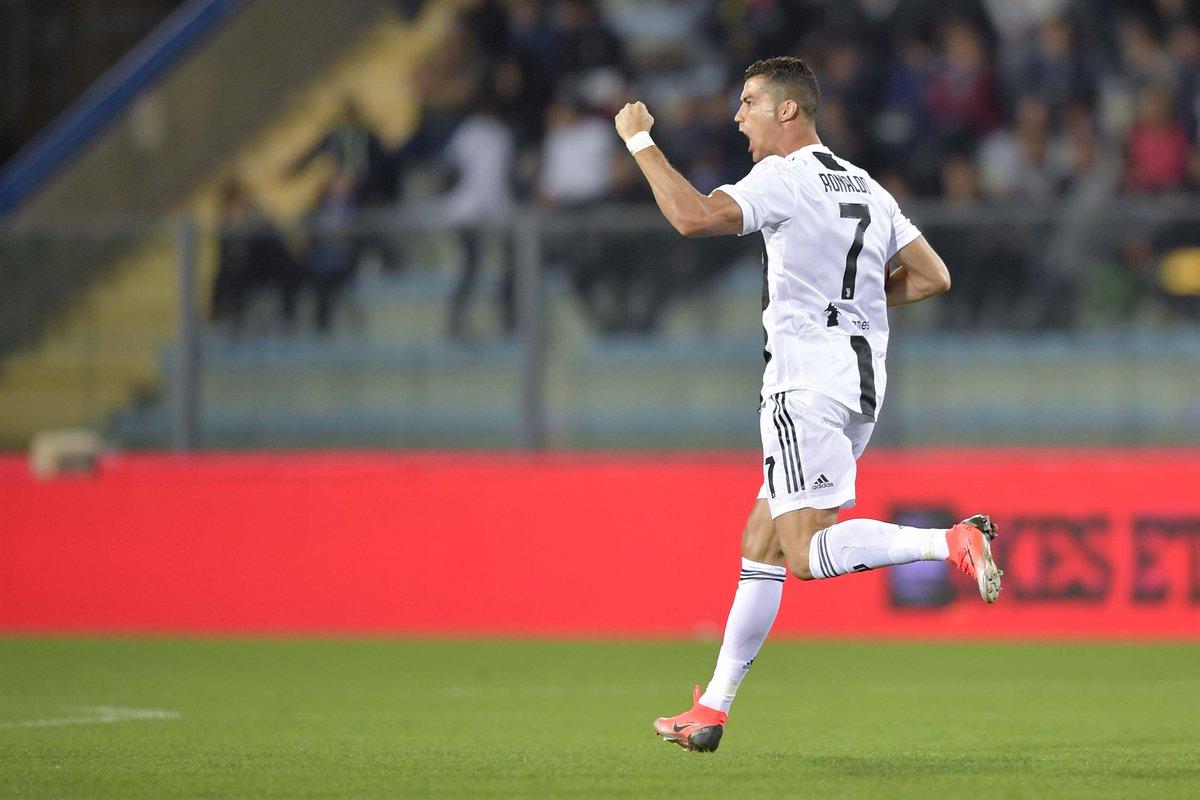 رونالدو يقود يوفنتوس للفوز بعد تسجيله ثنائية ضد إمبولي