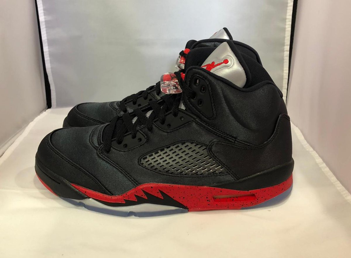 b523f2b1bb4 Early Look at the Air Jordan 5