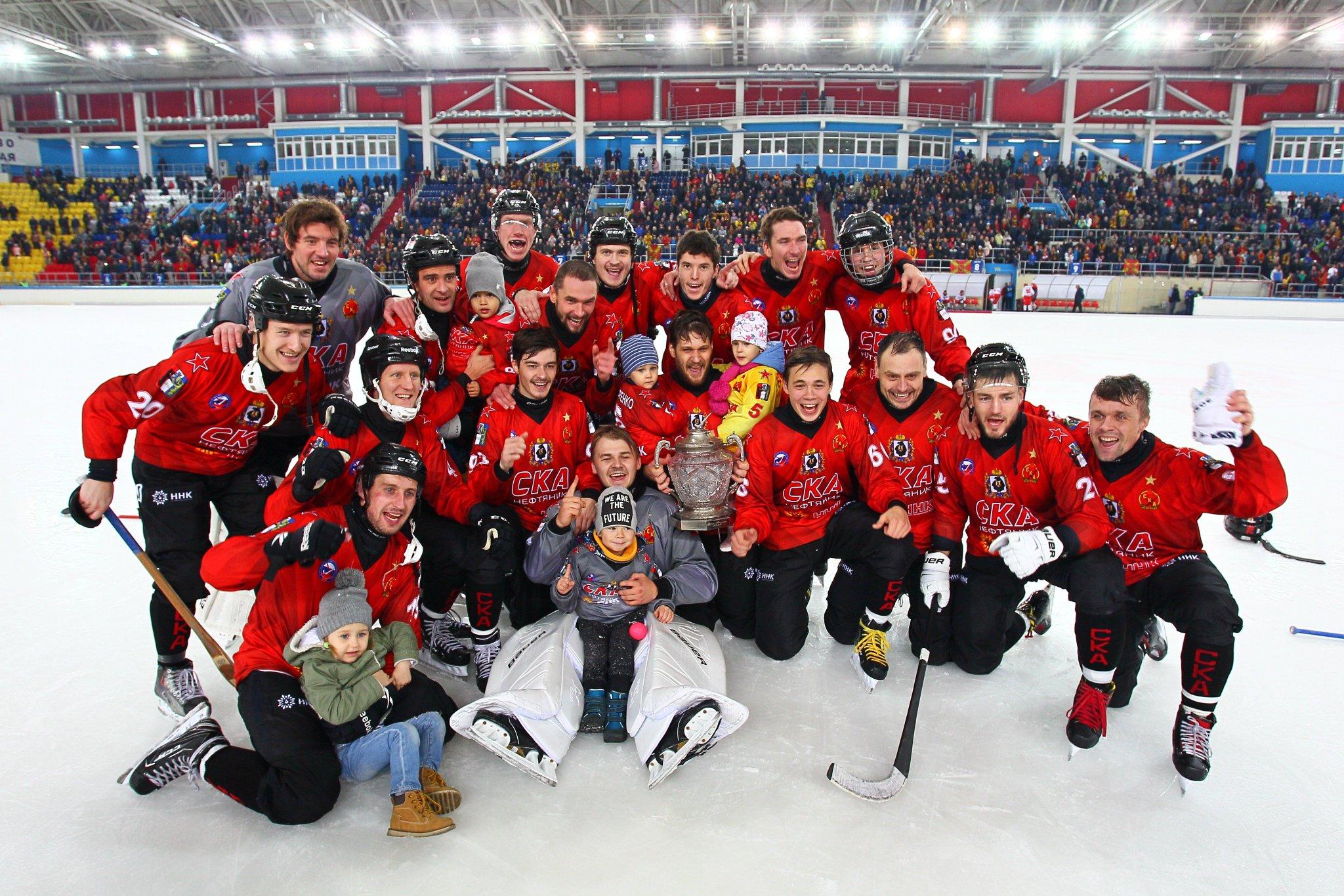 все картинки хоккей нефтяник татарстане завершили строительство
