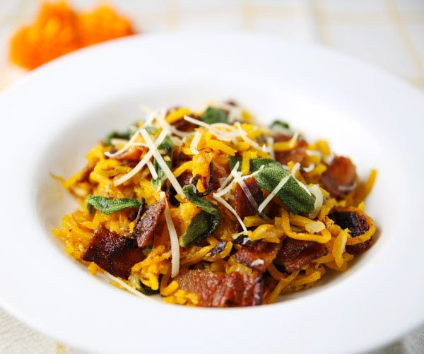 Butternut Squash Noodles with Bacon and Sage - #fall #recipes https://t.co/oZRjxZnucY https://t.co/vkFFEGRCkh