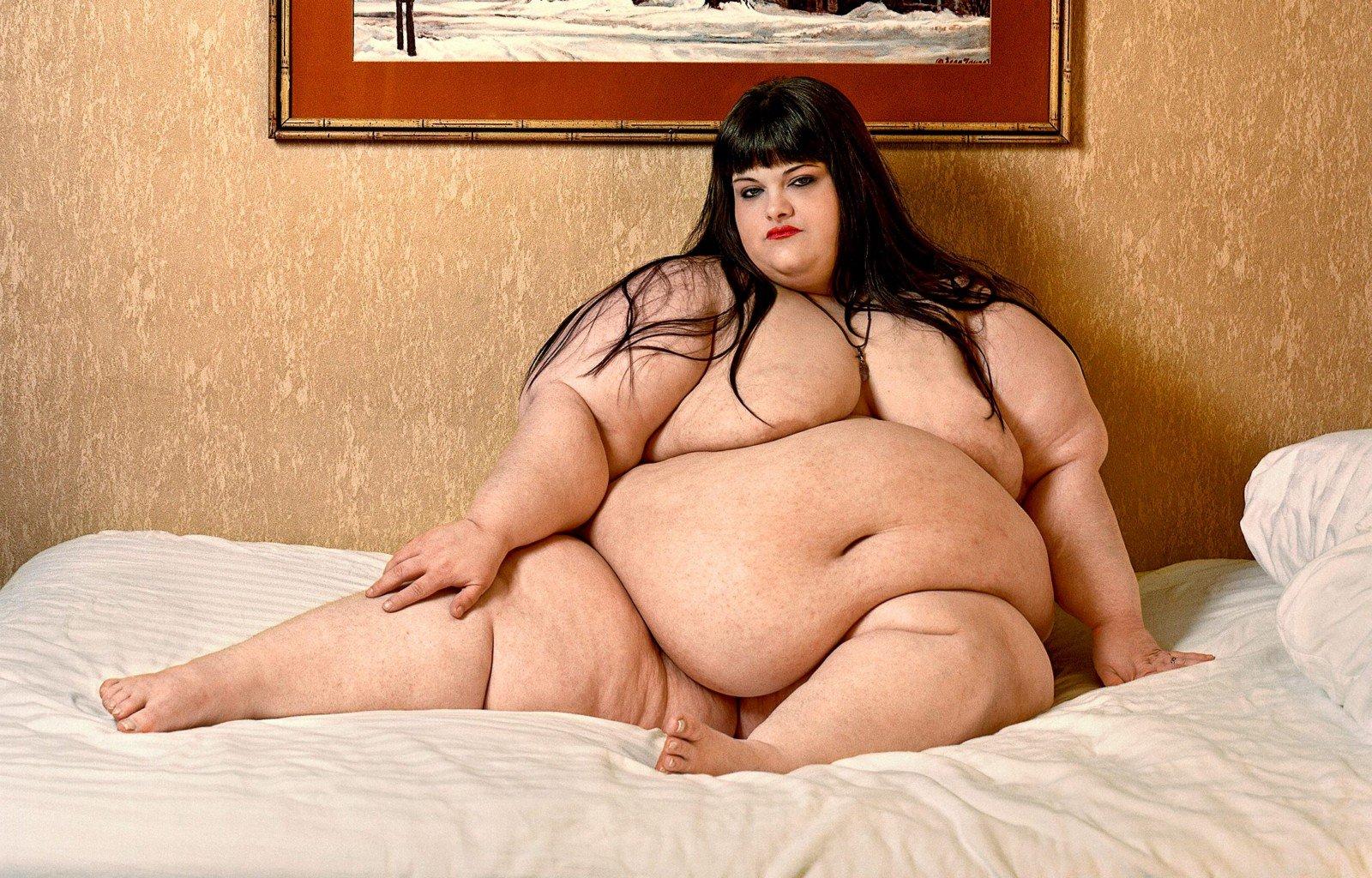 Голые толстые жирные тетки
