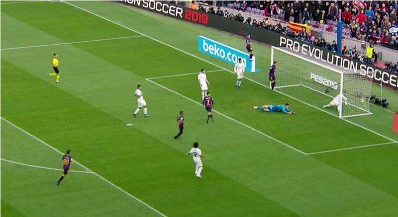 #Barcelona: Así fue el gol de #Coutinho en el clásico ante #RealMadrid ➡ https://t.co/EZQlKIJ62P https://t.co/19WI4d7ee3
