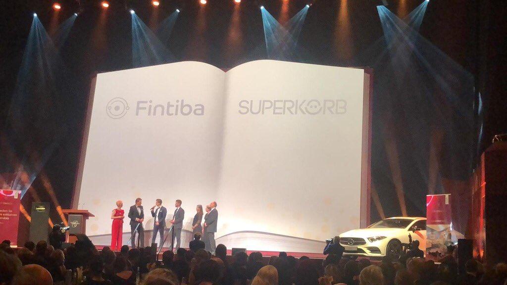SUPERHAPPY! Wir bedanken uns für die Auszeichnung mit der #Sprungfeder im Rahmen der Marketinggala #startup #frankfurt #AlteOper https://t.co/0E1rYNVAZZ