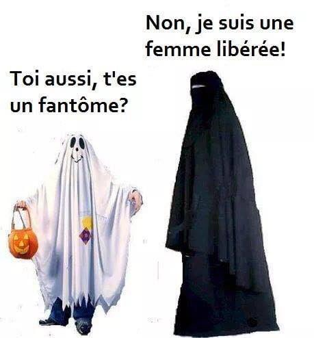 Humour Halloween Dqn7aw1W4AAly2L