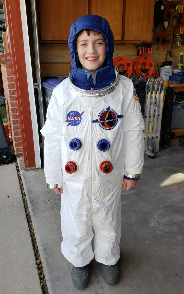 astronaut costume ideas - 735×612
