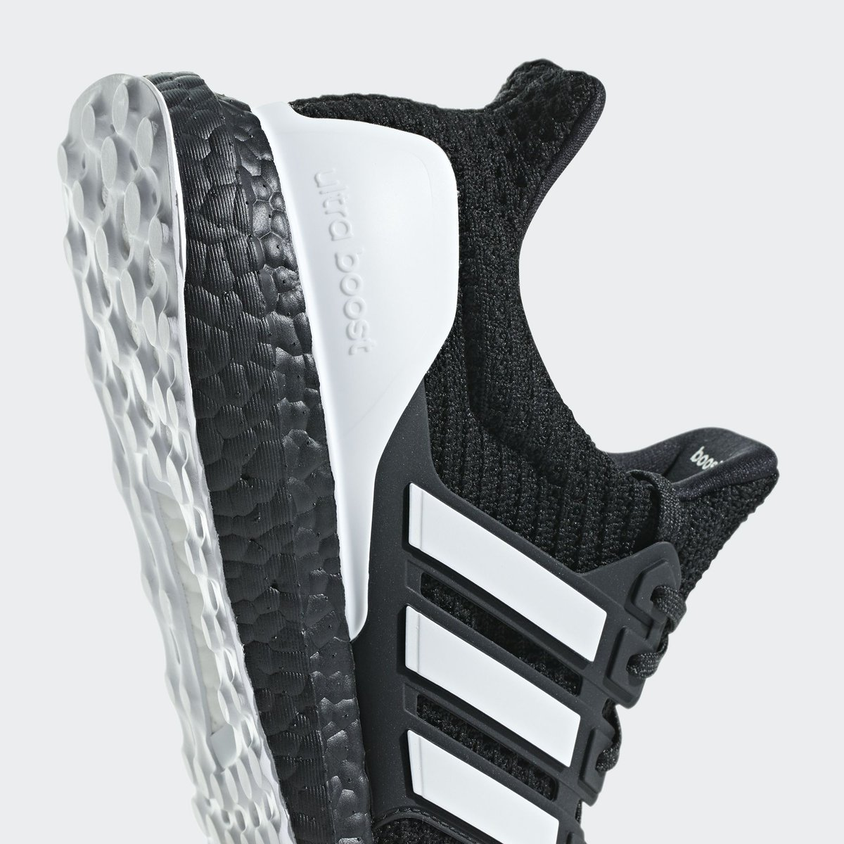 336bf5464a2 adidas alerts on Twitter
