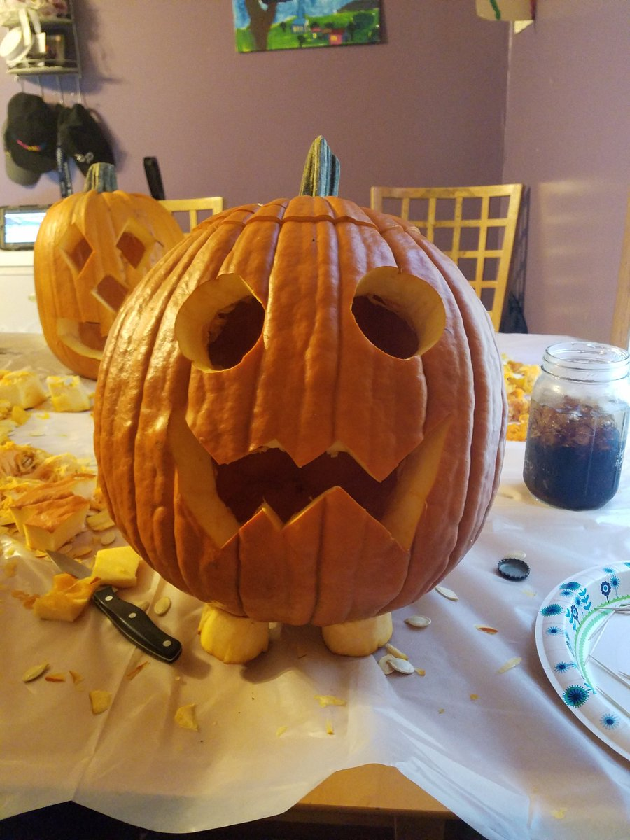 My first attempt at my pumpkin pumpkin. I hope @rebeccasugar approves #StevenUniverse