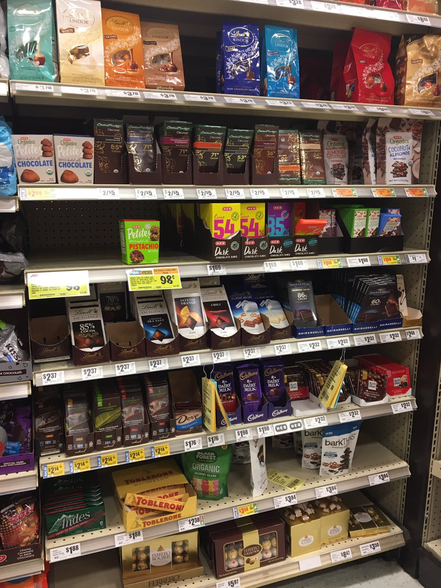 After running the 10K this morning, I think I deserve something yummy from this shelf @HEB #chocolate https://t.co/nMbWmihKWj