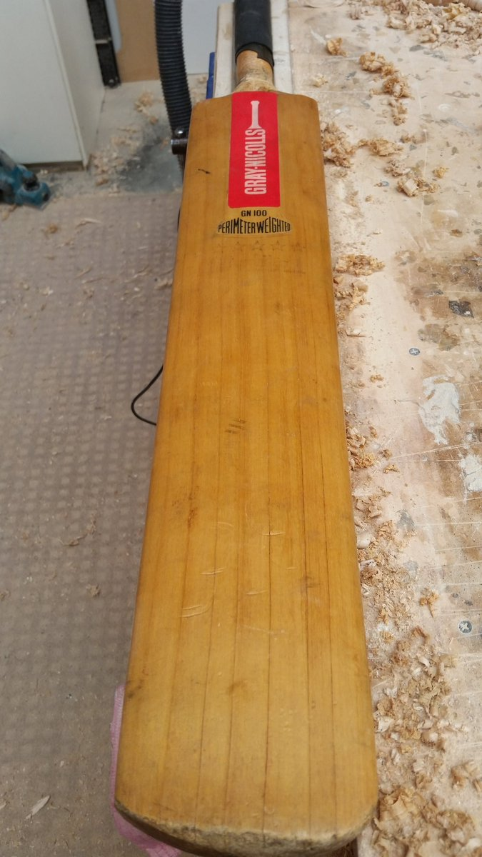 Clic Bat Repairs On Twitter Rare To Get Work One Of These Beauties Just A Re Handle Got Any Old Stickers Lying Around Graynics Madebygraynics