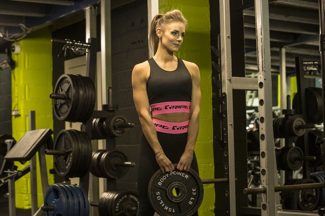 When you feel strong in the gym is often when you feel at your best. Look your best while you build your dream body and don't miss out on the hottest gym wear trends for her right now:  https://buff.ly/2xCLd51  #fitness #gymear #leggings #builttoperform #gymclothespic.twitter.com/GbFpxW03M3
