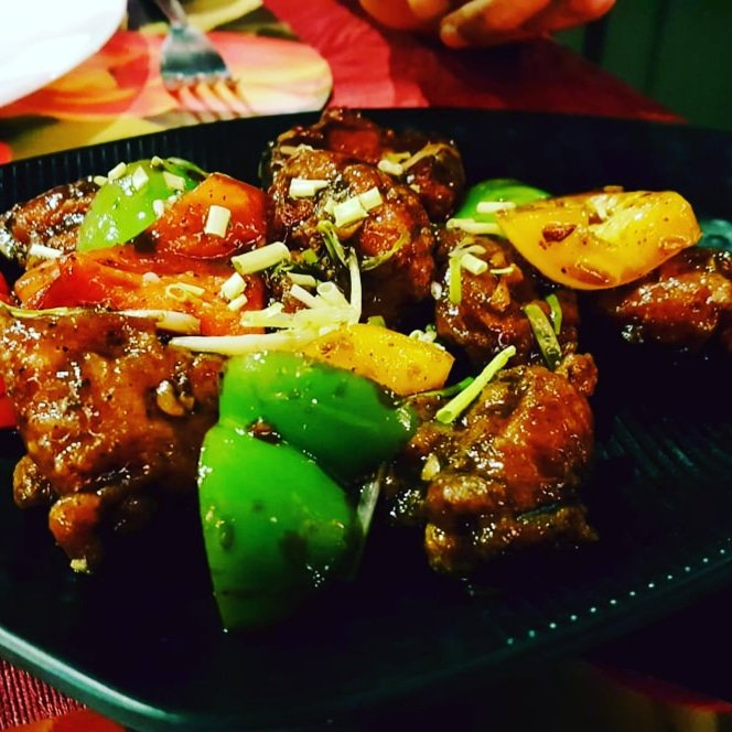 Pepper Chicken #Chinese #chinesefood #chicken #delicious #yummyfood #foodie #foodlovers #foodgasm #food https://t.co/yE6INW5XlN
