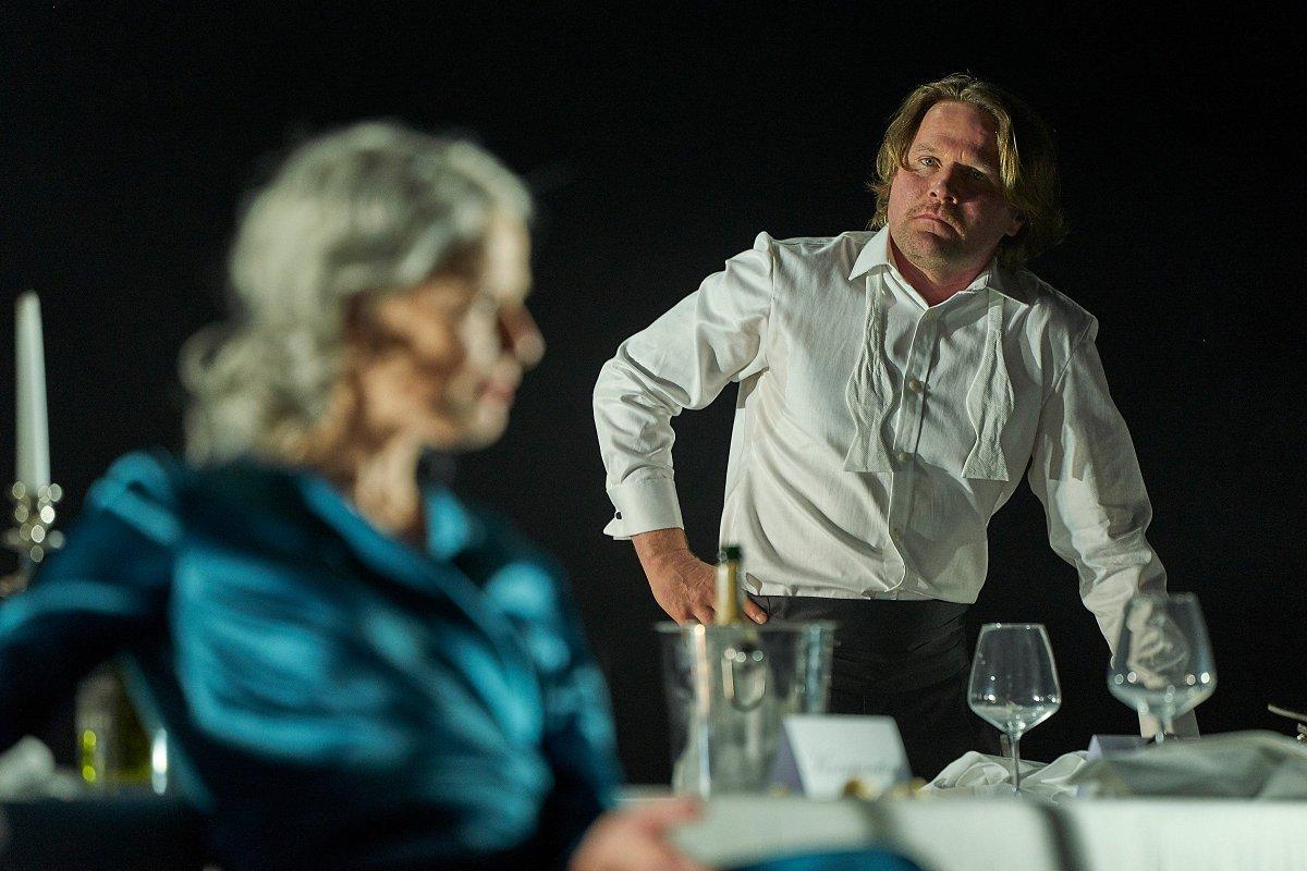 Berliner Ensemble On Twitter Wir Starten In Eine Neue Theaterwoche