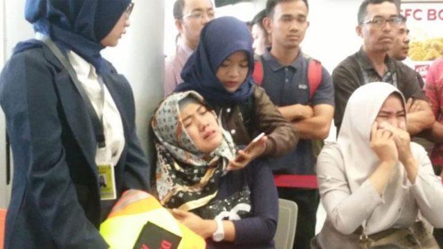 Lion Air JT 610 Hilang, Basarnas Buka Posko untuk Keluarga Korban https://t.co/65l2YIcyUK https://t.co/o6UN2yY6St