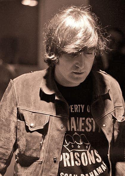 "Beatles Archive on Twitter: ""John Lennon working on ""Rubber Soul ..."