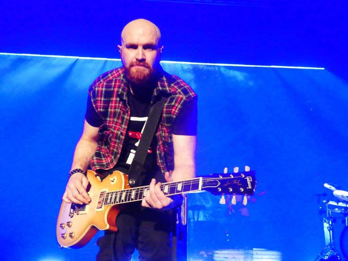 This is a shoutout to the Birthday Boy - Mark Sheehan. Happy Birthday!